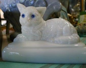 Westmoreland milk glass cat
