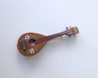 Mandolin Pin