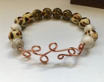 Copper wire animal print beaded bracelet