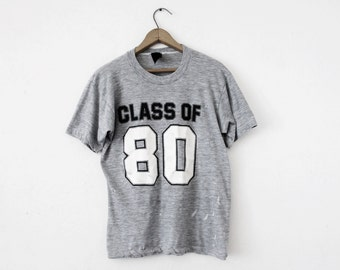 MEDIUM Vintage 1980 Class of 80 Soft and Thin Distressed Graphic T-Shirt