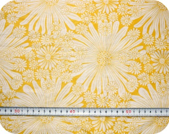Floral retro vintage fabric - yellow and white