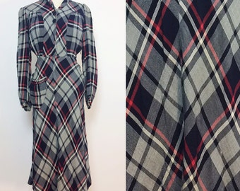 1940s Plaid Day Dress / 1940s Dress Small / Long Sleeve Dress / Cotton Day Dress / Vintage 40s Dres