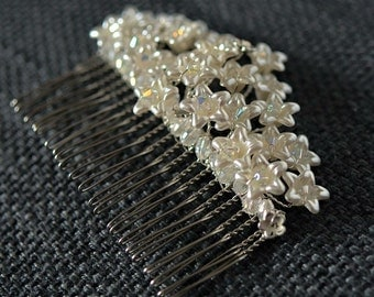 Pearl flower bridal hair comb with Swarovski crystal
