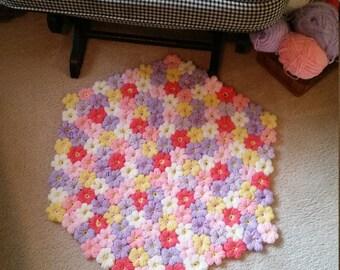 hexegon crochet puff flower floor / photo prop mat.