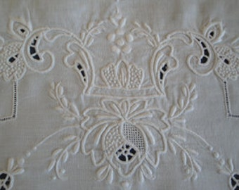 Embossed Placemats set of 6