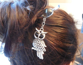 Owl hair stick, bun stick pick, black and silver hair accessory, hair witch jewel, metal owl, owl haarstab
