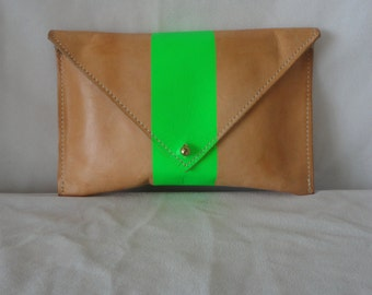 Pre Owned Tan Leather Clutch Green Neon******.