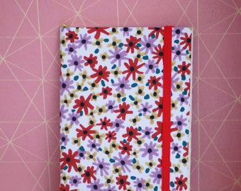 Notebook flowers with red elastic