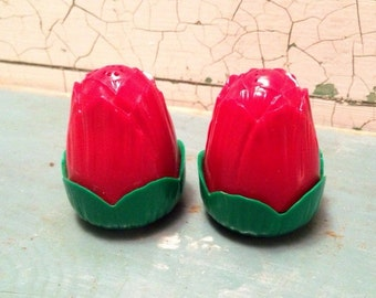 Red Rose Salt and Pepper Shakers Plastic 1950's