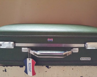 "American Tourister Green 21"" Suitcase Immaculate Condition"