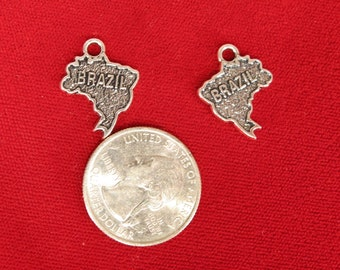 "BULK! 30pc ""Brazil"" charms in antique silver (BC962B)"