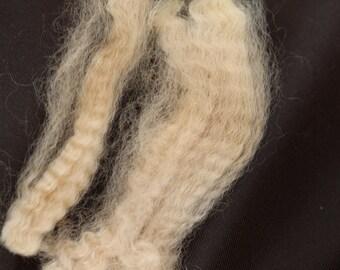 8 oz Beige Huacaya Alpaca Fleece