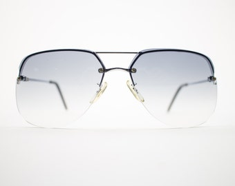 Vintage Sunglasses | 70s Silver Aviator Sunglasses | Oversize Grey Gradient Lenses | 1970s Sunglasses | NOS Vintage Deadstock - Romford Slvr