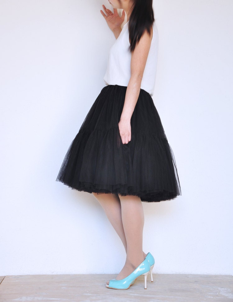 black layerd tulle skirt knee length elastic waist tutu