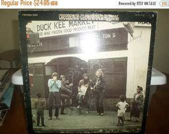 Save 30% Today Vintage 1969 Vinyl LP Record Willy and the Poor Boys Creedence Clearwater Revival Excellent Conditionn 5571