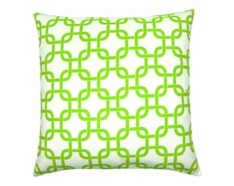 White Green pillowcase GOTCHA graphically 50 x 50 cm chain pattern