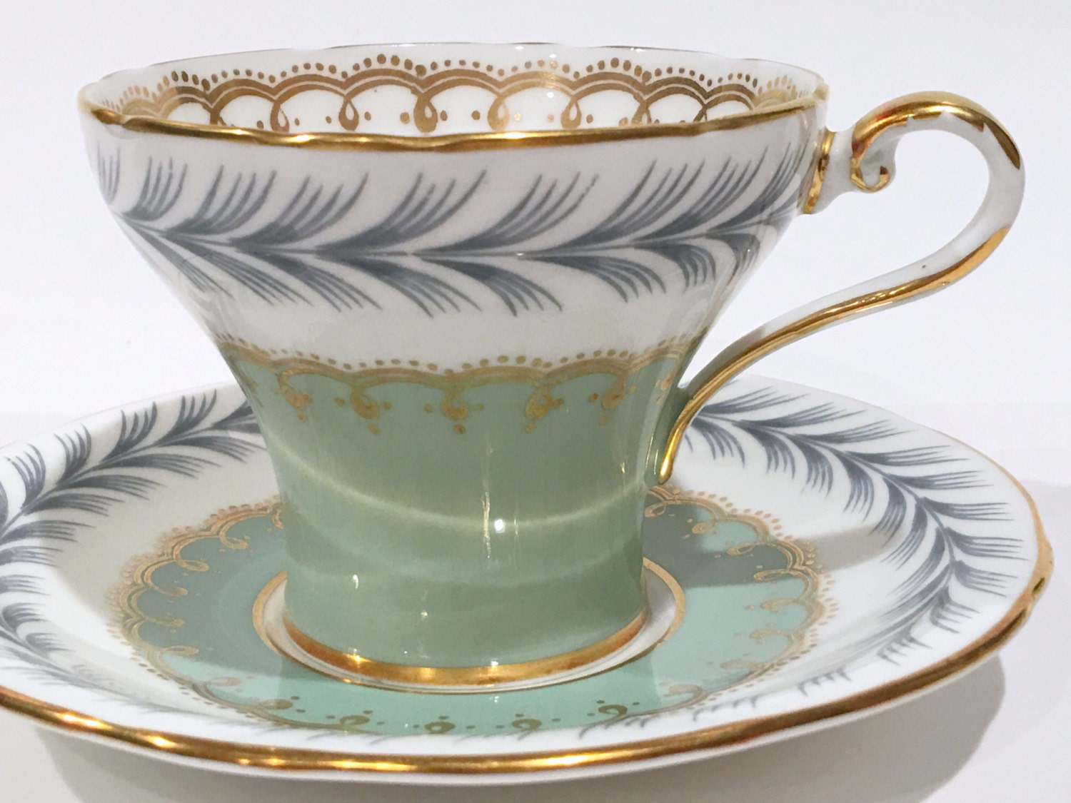 antique aynsley tea cup and saucer english bone china. Black Bedroom Furniture Sets. Home Design Ideas