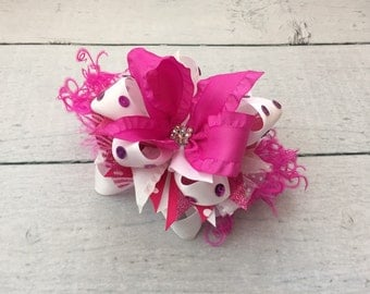 Raspberry and white bow