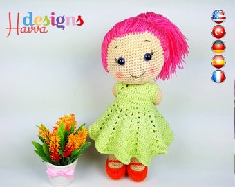 PATTERN - Lucia Doll