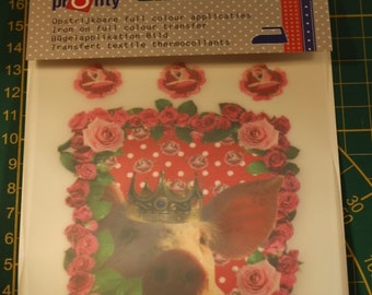 Piglet Appliqué with rose-