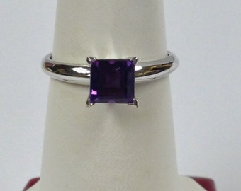 Natural Amethyst Solitaire Ring 925 Sterling Silver