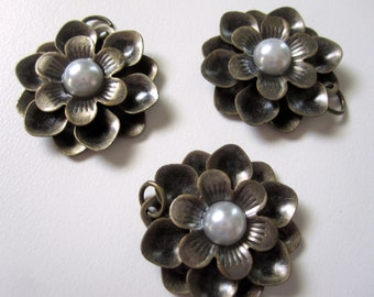 3 - Metal Flowers with Pearl Center