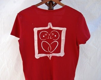 """Thrifted White Stag Brand V-Neck Tee // Original """"2in1"""" Screen Print Design in White Ink on Back // Size Large // Red"""