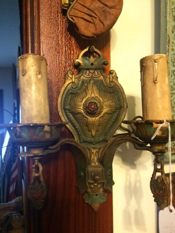 Vintage Wall Sconce With Switch : Antique Wall Hanging Lighting Sconce Mounts to wall and has 2