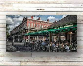 CAFE DU MONDE - New Orleans art - French Quarer - Architecture - Beignets - Cafe au lait