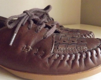 Vintage Brown Leather Shoes, Lace Ups, Oxfords,  Naturalizer, Vintage Shoes, Bohemian, Women's Shoes Size 7