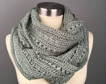 WOMEN'S AMERICAN GINGER Crochet Scarf, Crochet Infinity Scarf, Gifts for her, Scarves, Women's crochet scarf, Winter Accessories. Cowl.