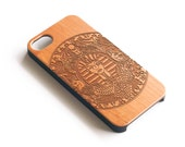 Wood Iphone 5S case, Artisanal Engraved Pharaoh, Cherry Wood,