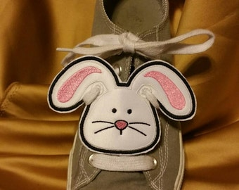 Easter bunny shoe charm  machine embroidery in the hoop pattern design
