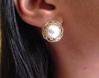 25%off Sale:  Mabe Pearl Earrings (14KYG)