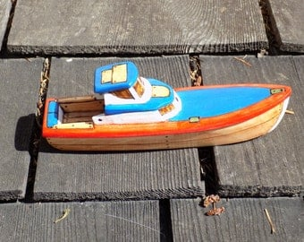 Back Bay  Wooden Toy Boat./  Red, White and Blue .