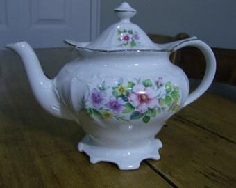 Sadler Pedestal Floral Teapot