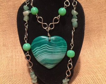 Green agate necklace, Agate necklace, boho necklace, green necklace, infinity necklace, heart agate,
