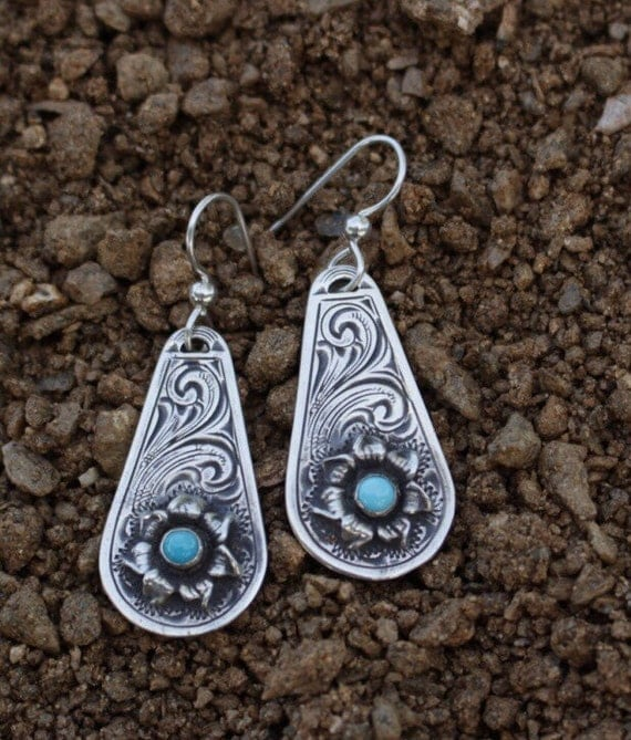 rockin out jewelry rockin out turquoise wildflower earrings 7839
