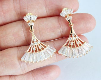 Oriental gold fan crystal panel deco drop earrings, fan drop earrings, gift for her, christmas gift, crystal earrings, crystal drop earrings