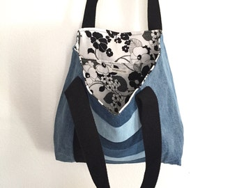 Denim Tote Bag - Shopping Bag - Denim Handbag - Jeans Purse - Recycled - Upcycled - Beach Bag - Large Purse - Gift for Her - Eco-Friendly