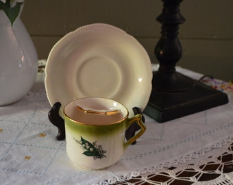 This is a cute  mustache tea cup