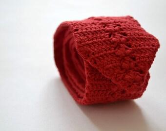 Crochet necktie mens tie ooak handmade of cotton shellstitch custom made in blue, red, aubergine, grey, yellow, brown, green, white.