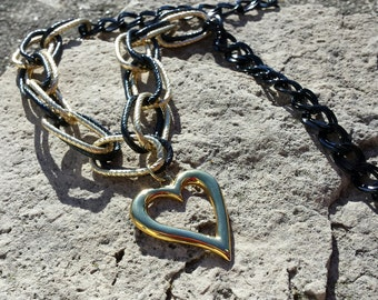 Necklace - Black & Gold Textured Link w/Heart Pendant