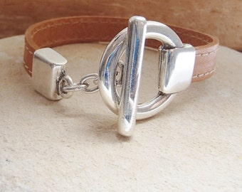 Silver toggle stitched leather bracelet