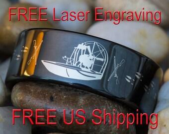 Tungsten Ring 9mm Black Pipe Hunting Airboat Crossed Rifles Deer Tracks Design-Free Inside Engraving