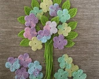 Crochet flowers and Leaves - Pastel batik - Soft Cotton - Size approx. 3cm
