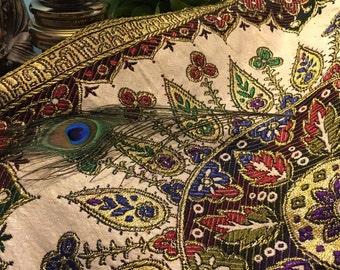 Brocade Tapestry // Metallic / Queen