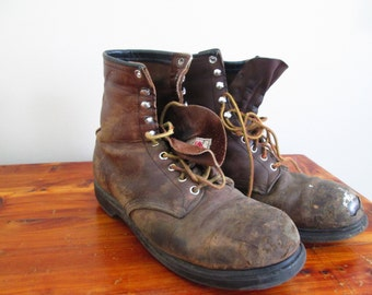 Vintage Worn Distressed Mens Red Wing Work Boots, size 9.5 American made