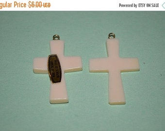 LIMITED TIME SALE Vintage Luhana Shell Cross Pendants (1060231)