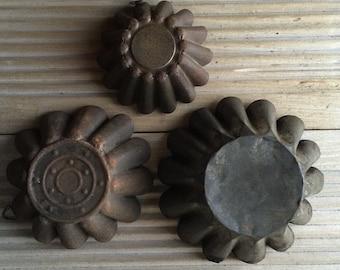 Set of 3 Rusty Brioche Candle Moulds, Garden Decor, Garden Lighting